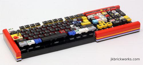 eine tastatur aus LEGO, die funktioniert